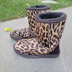 UGG Leopard Print Calf hair Boots Sz 6